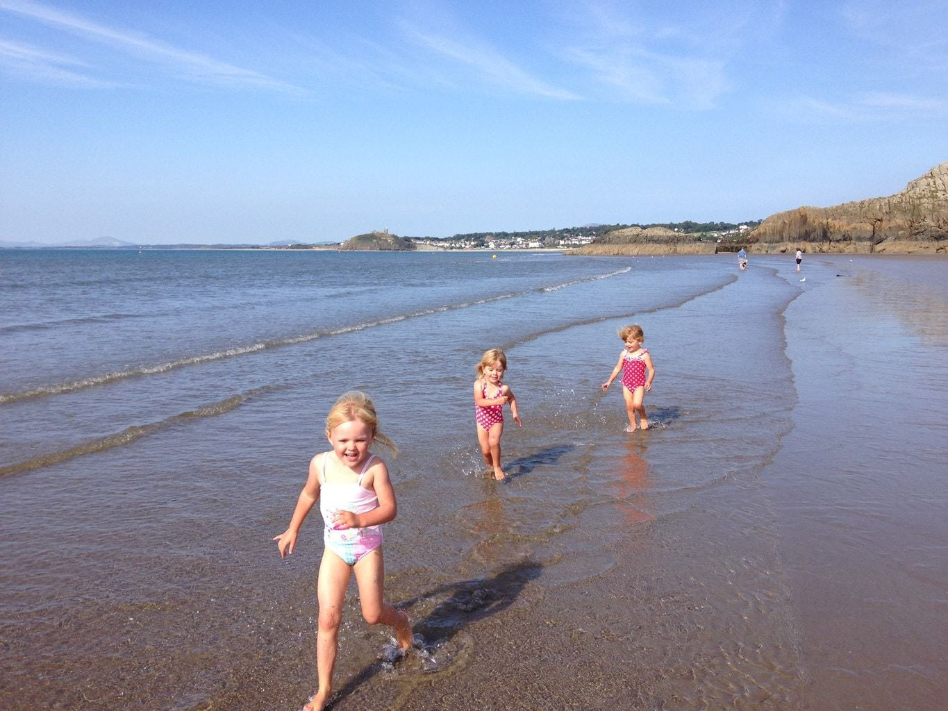 Wales If you are thinking of traveling to Abersoch or Pwhelli this summer, here are 5 Free Days Out for Kids Near Abersoch to consider.