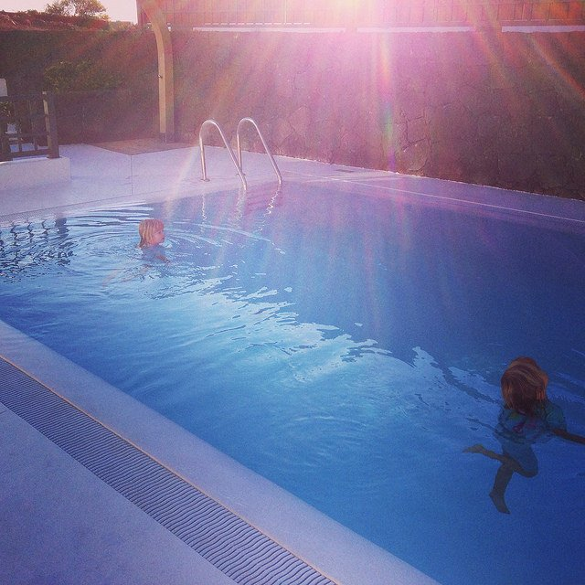Learn to Swim in Splash About www.minitravellers.co.uk