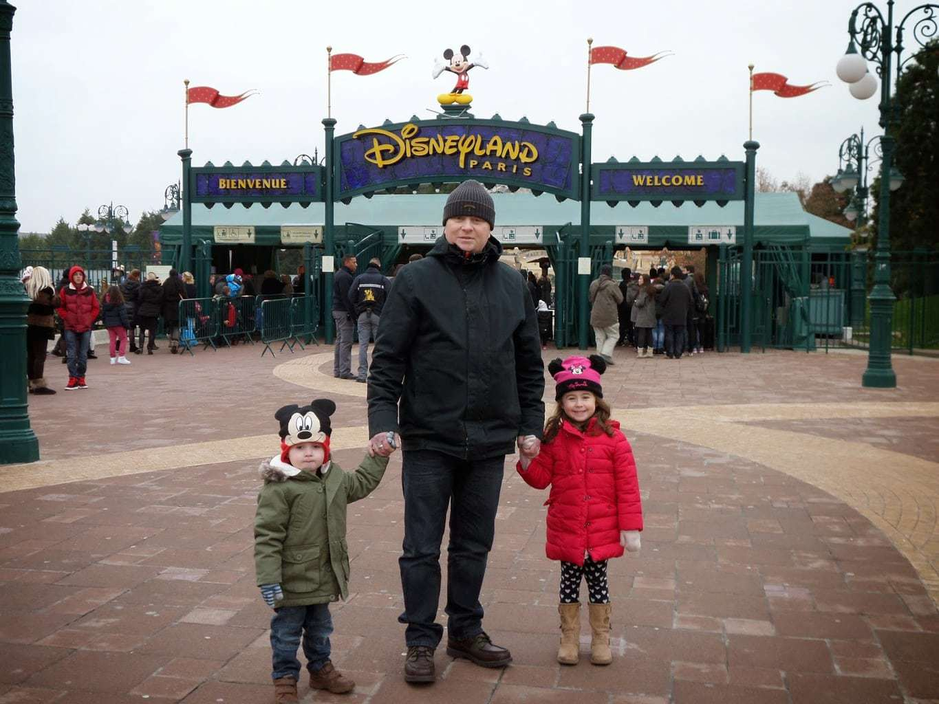 This review about Hotel Cheyenne and Disneyland Paris is by Mammy ...
