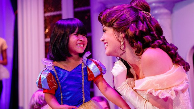 enchanted-tales-with-belle-00
