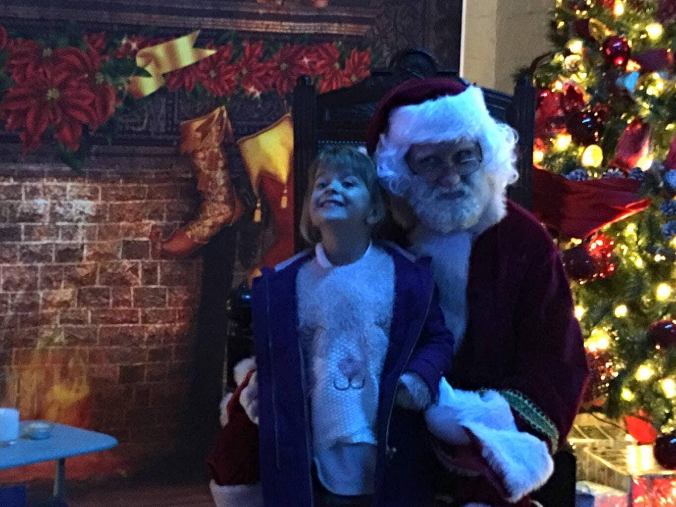 Storytime with Santa at St George's Hall Grotto www.minitravellers.co.uk