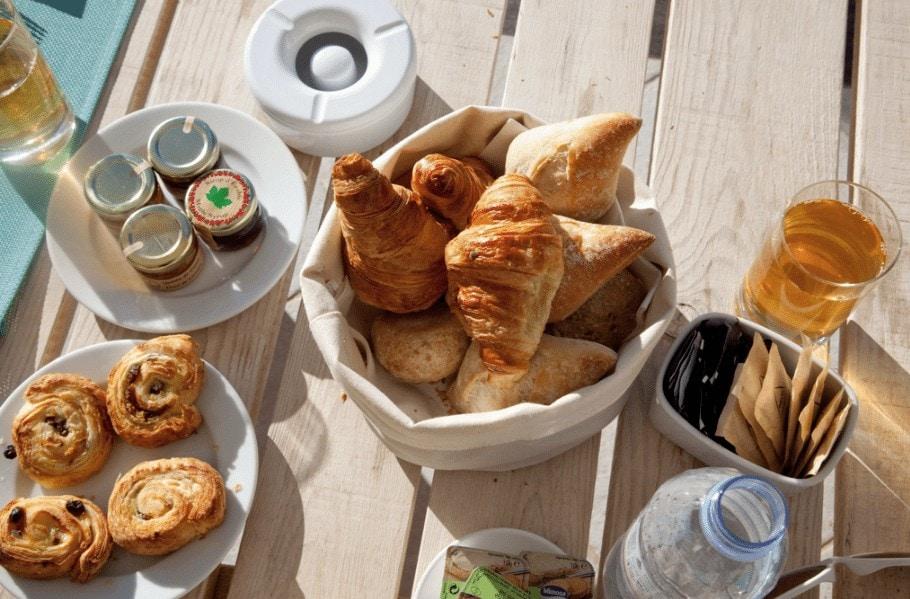 Breakfast at Qunita