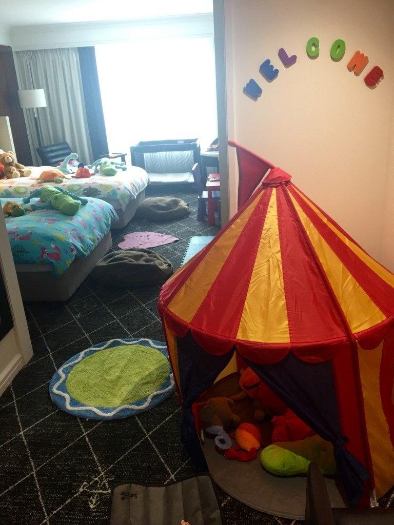Swissotel children room review