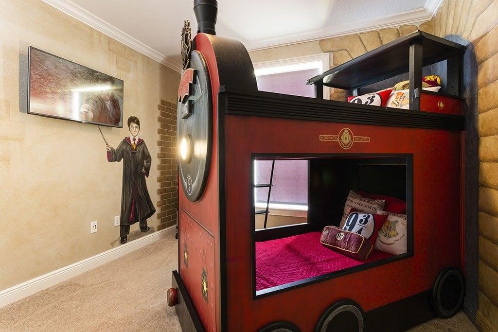 Reunion Resort 700's Harry Potter room