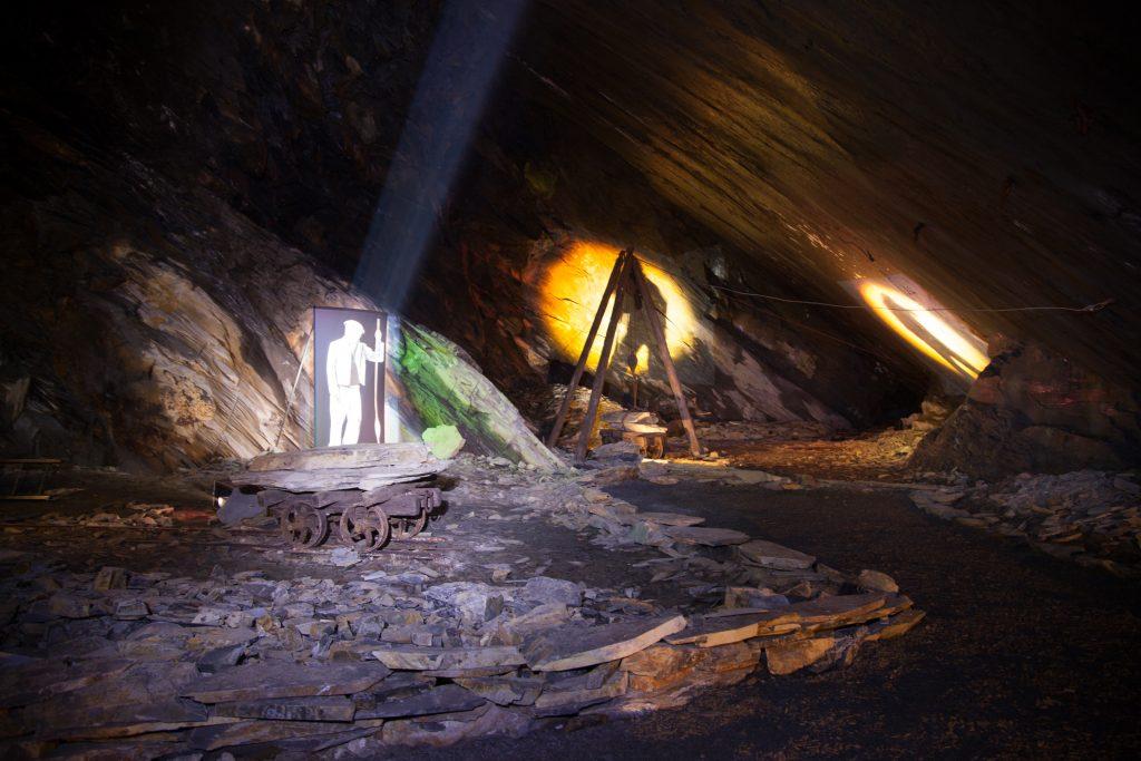 llechwedd slate caverns Snowdonia www.minitravellers.co.uk