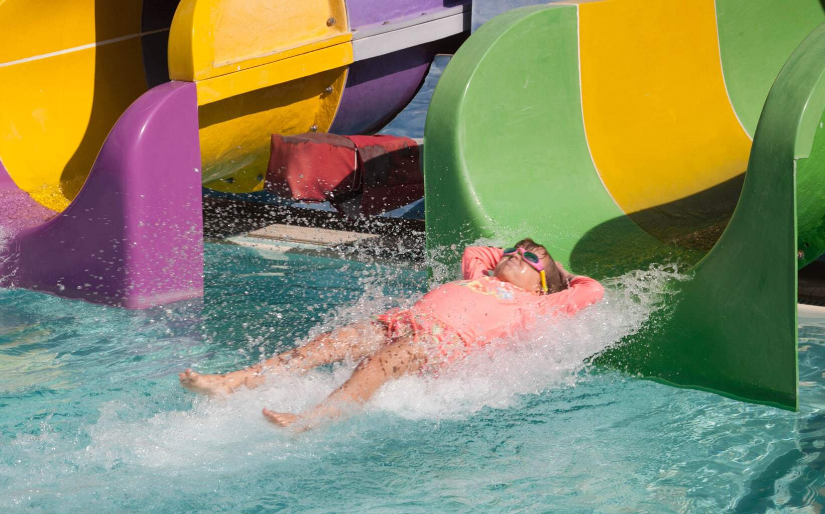 5 Top Tips For Visiting Waterparks with Kids