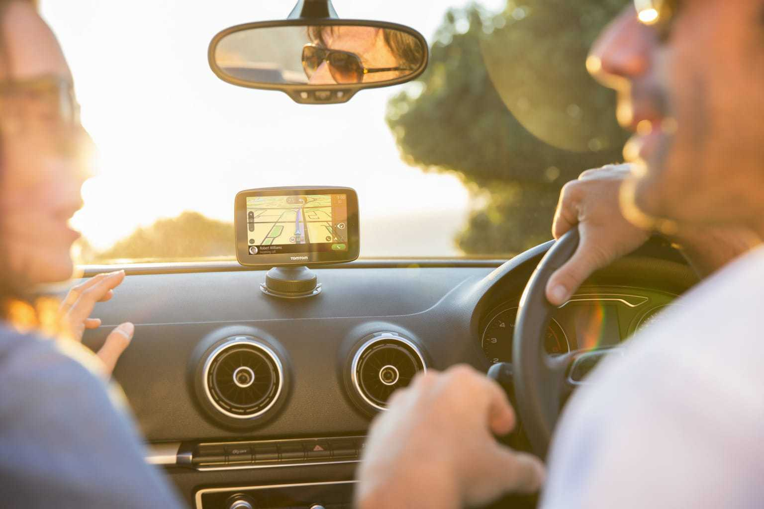 Review: TomTom GO 5200 Sat Nav www.minitravellers.co.uk
