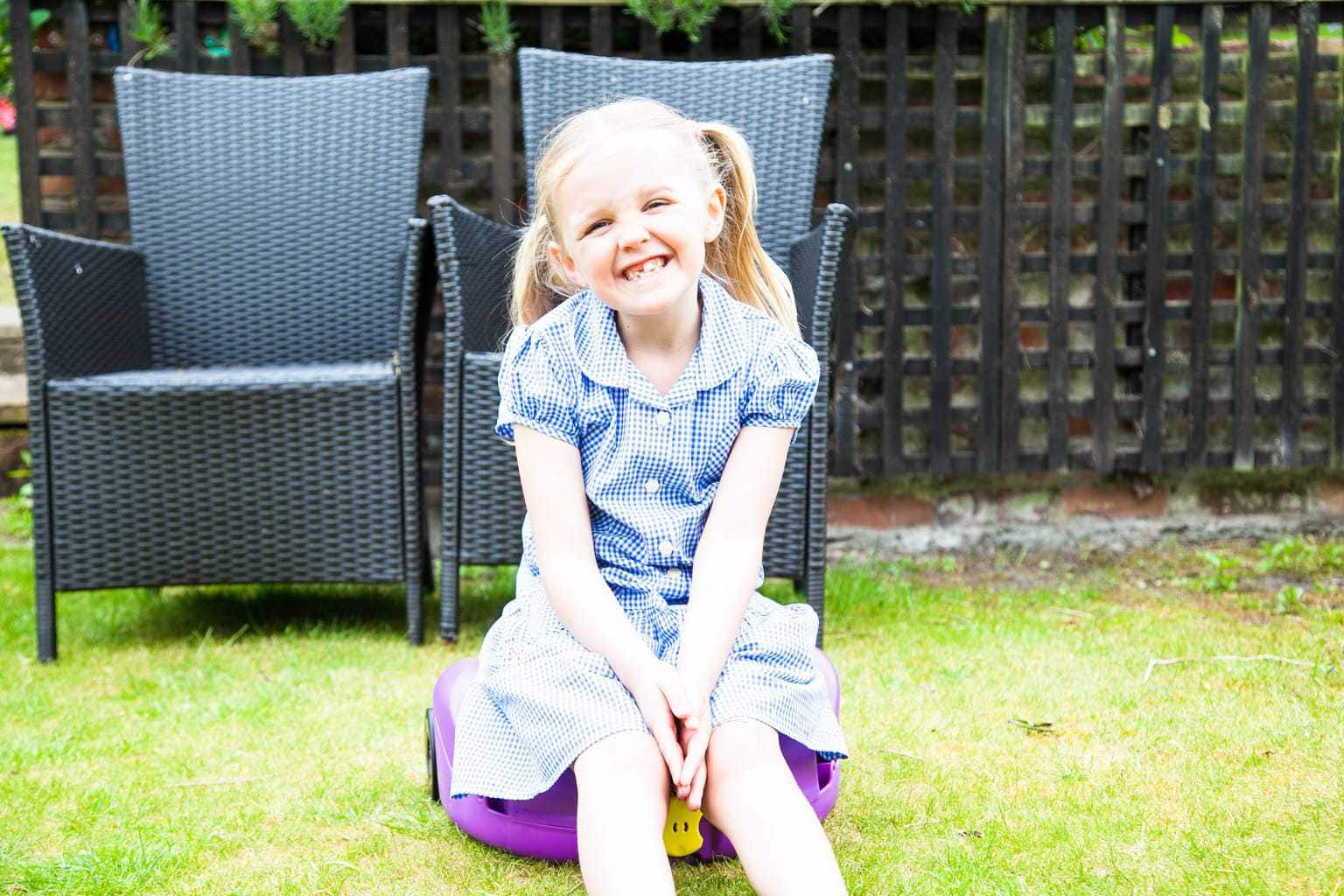 CarGo Seat: Travelling With Kids Is About To Get Easier! www.minitravellers.co.uk