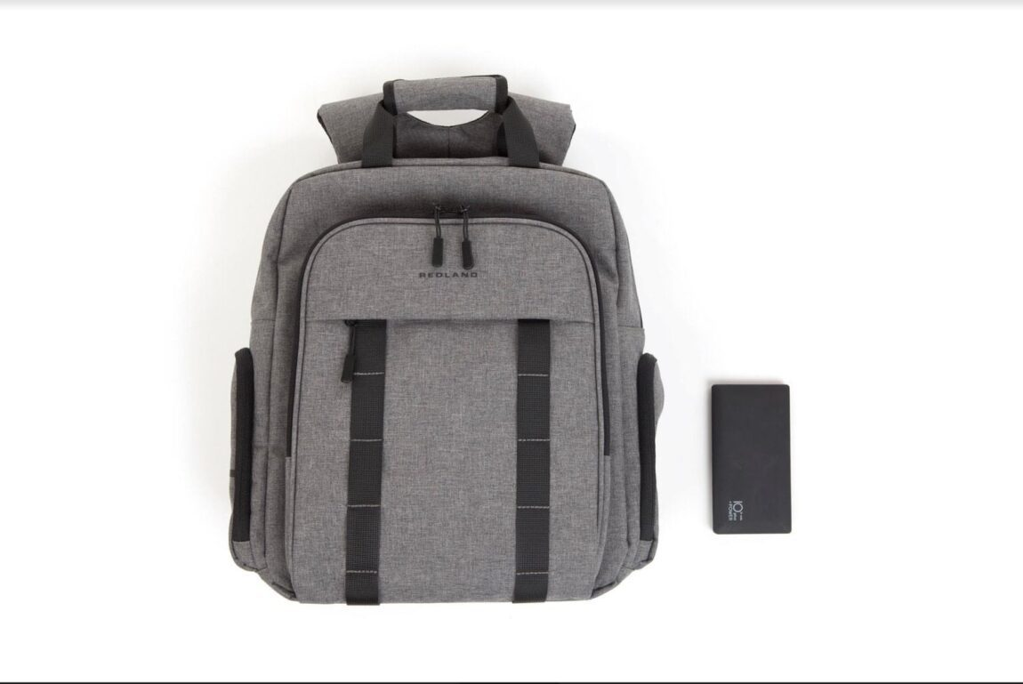 Redland Smart Bags | A Travel Bag That Does Everything You Want It To Do!