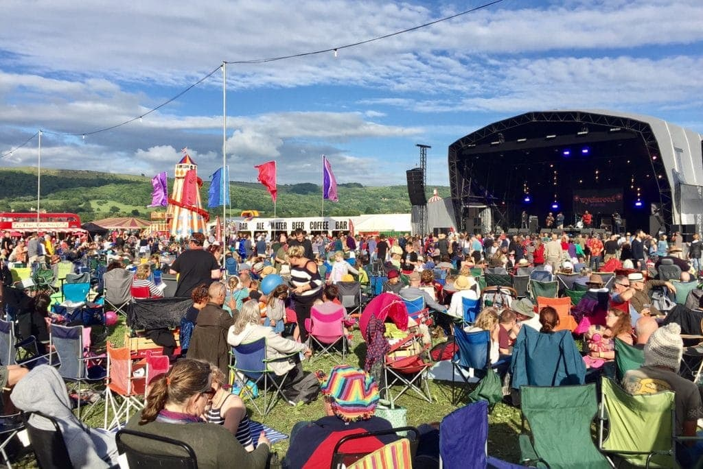 Dates of the Top 15 Family Friendly Festivals 2018 - Read my guide at www.minitravellers.co.uk