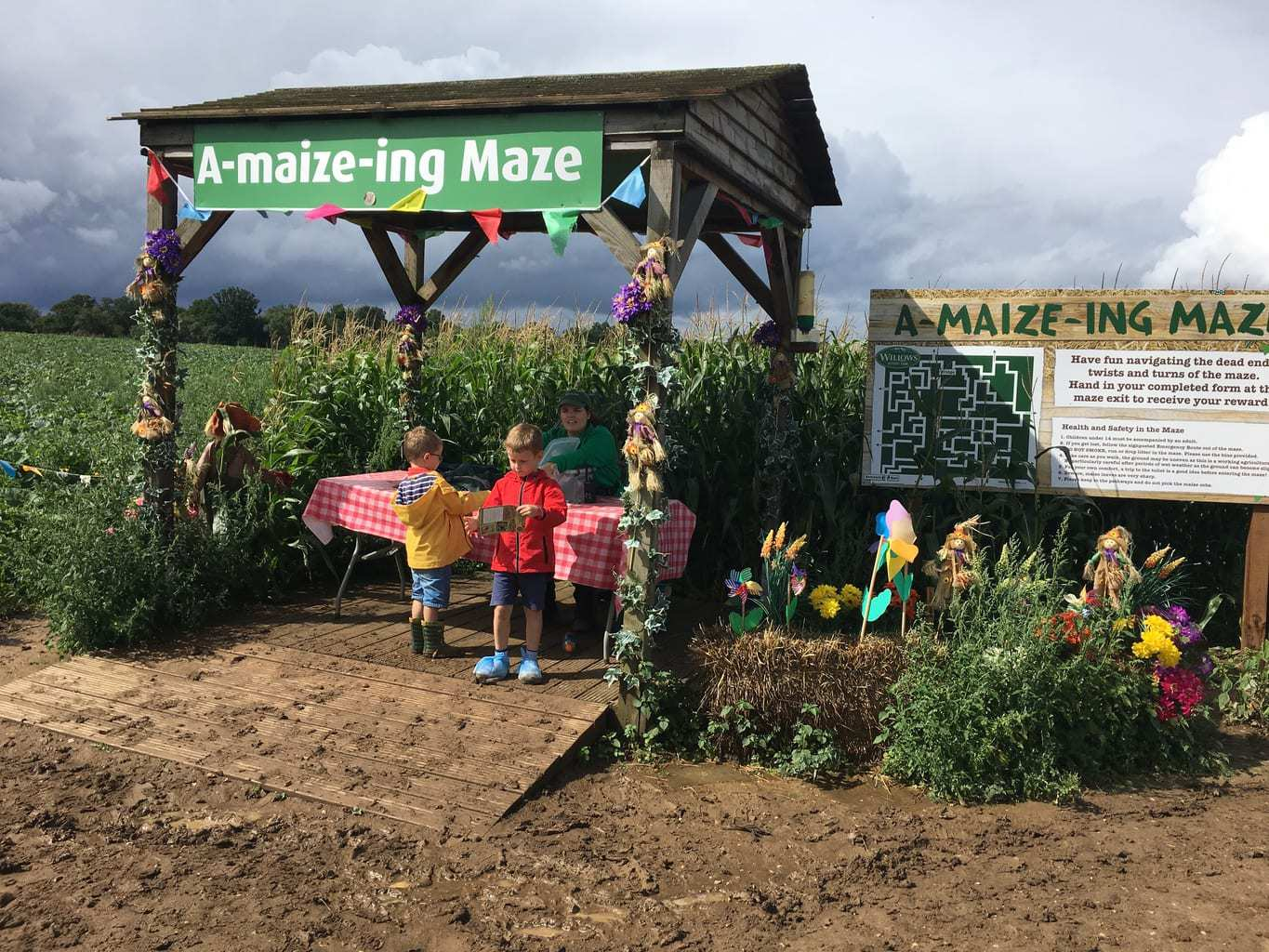 Willows Activity Farm Maze