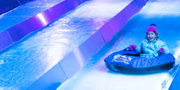 Is it worth queuing for the Ice Slide at Liverpool Ice Festival? www.minitravellers.co.uk