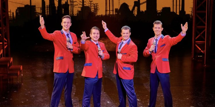 Review | Jersey Boys | Liverpool Empire www.minitravellers.co.uk
