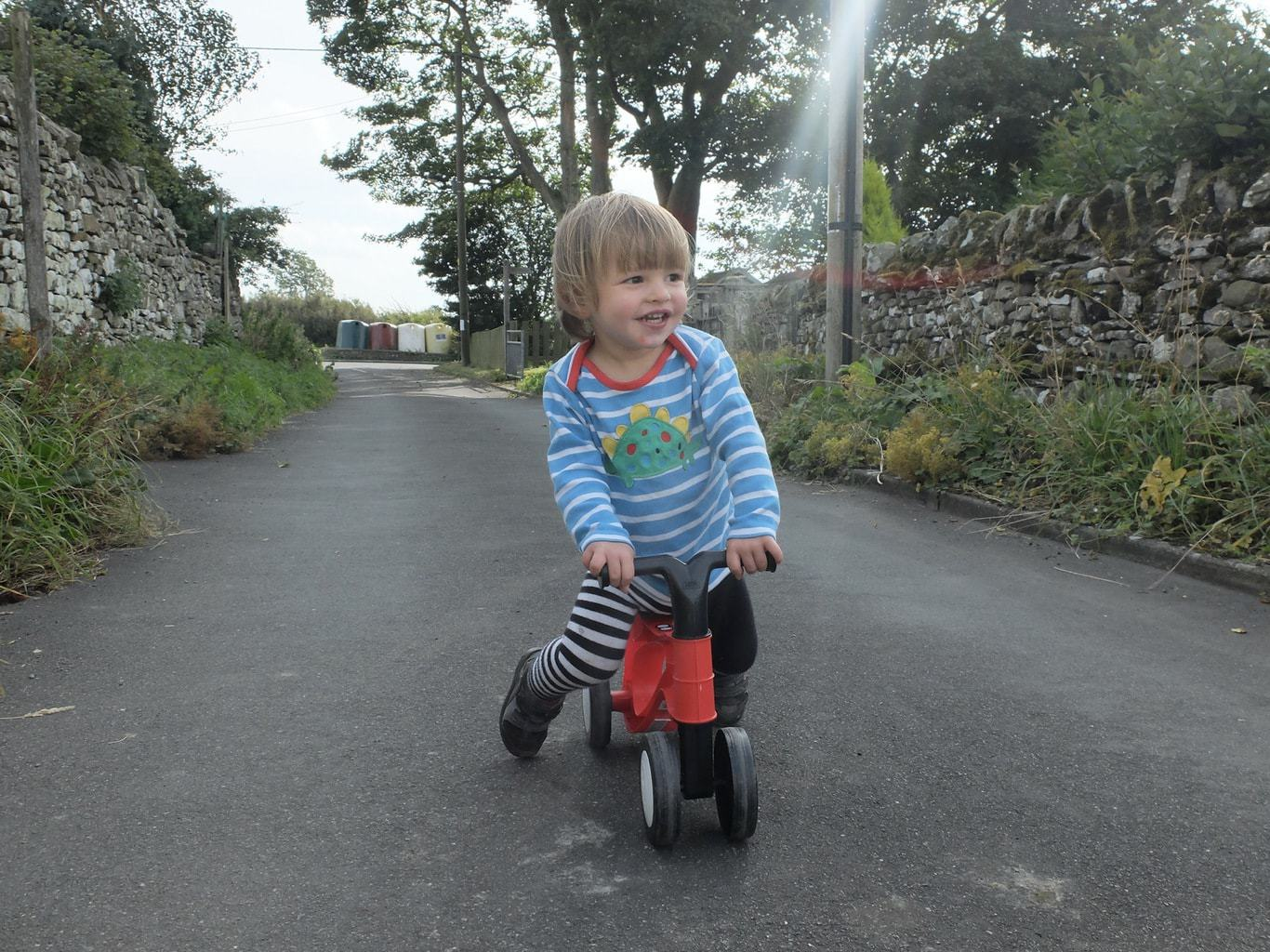 Review | Toddlebike2 the balance bike for the Under 3's www.minitravellers.co.uk