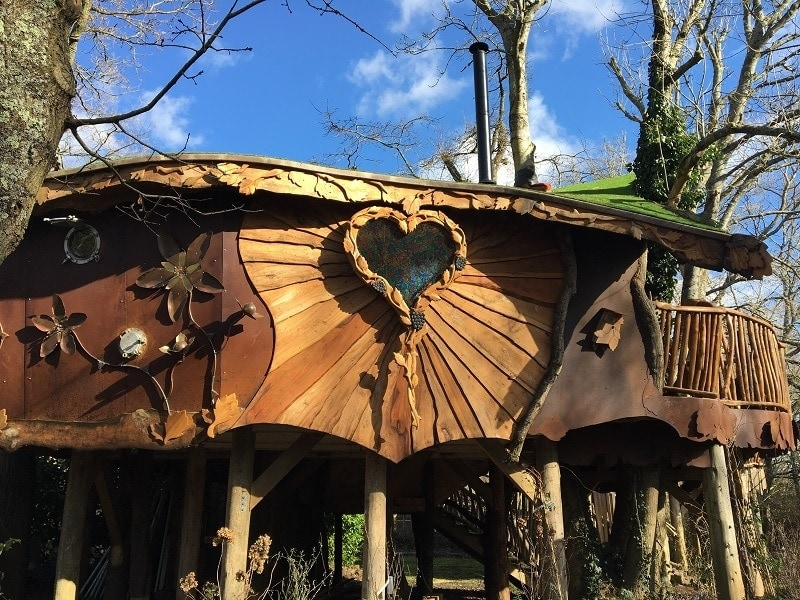 A magical treehouse adventure – Blackberry Wood