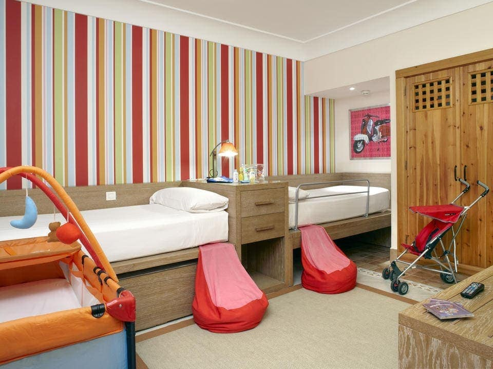 Luxury Hotels with 2 bedroom suites and a Kids Club