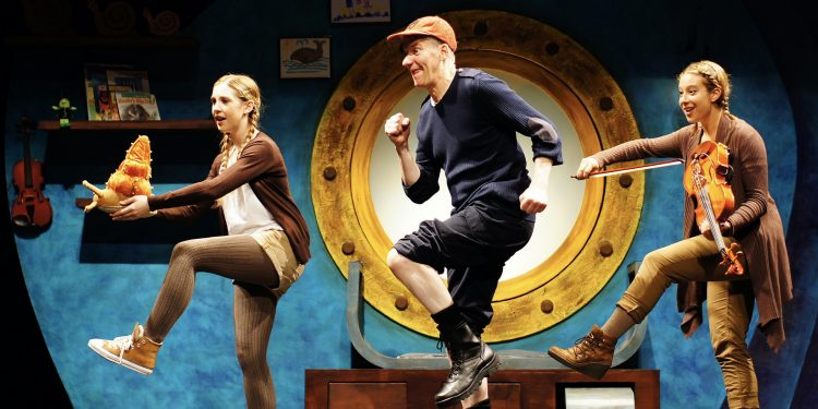 Review: The Snail and the Whale at The Lowry Theatre