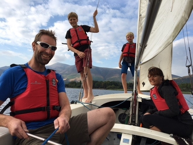 Travel Tips: How to learn to sail with kids