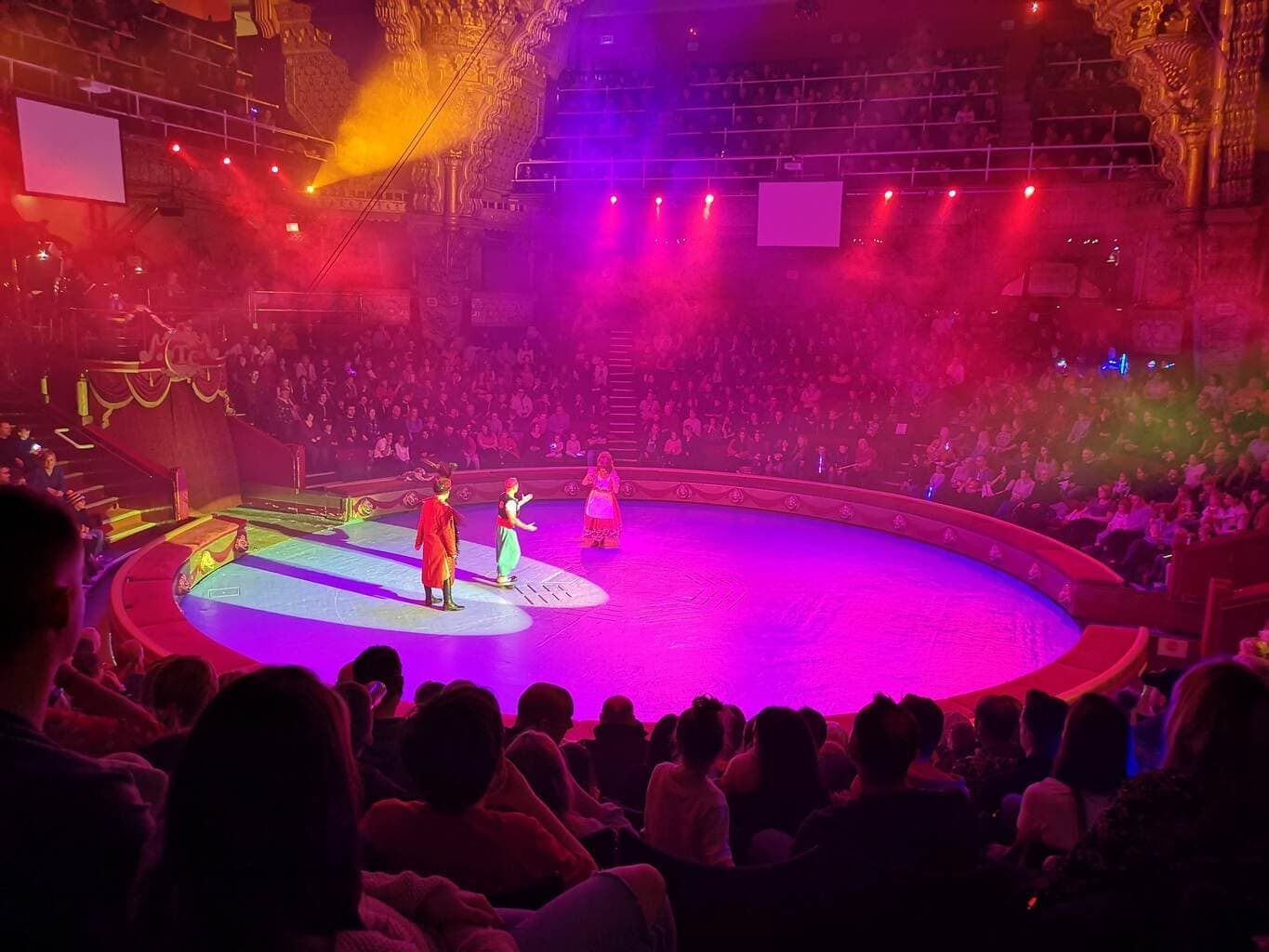 Mooky the Clown in Aladdin, Blackpool Tower Circus