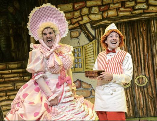 The Rock 'n' Roll Panto   The Snow Queen at Liverpool's Everyman Theatre