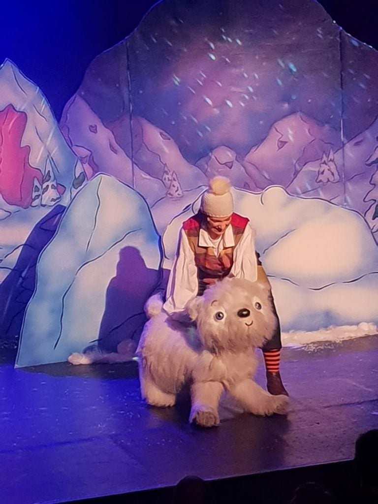 Review | Lily and the Snow Bear at The Met Theatre