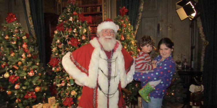 Warwick Castle at Christmasv