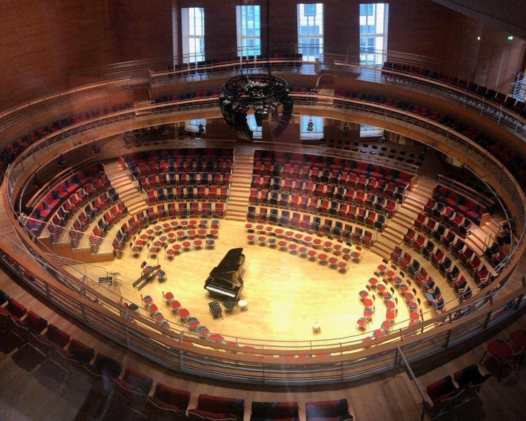 The concert hall was designed upon the initiative of Daniel Barenboim, General Music Director of the Berlin State Opera, and in collaboration with the American architect Frank Gehry.