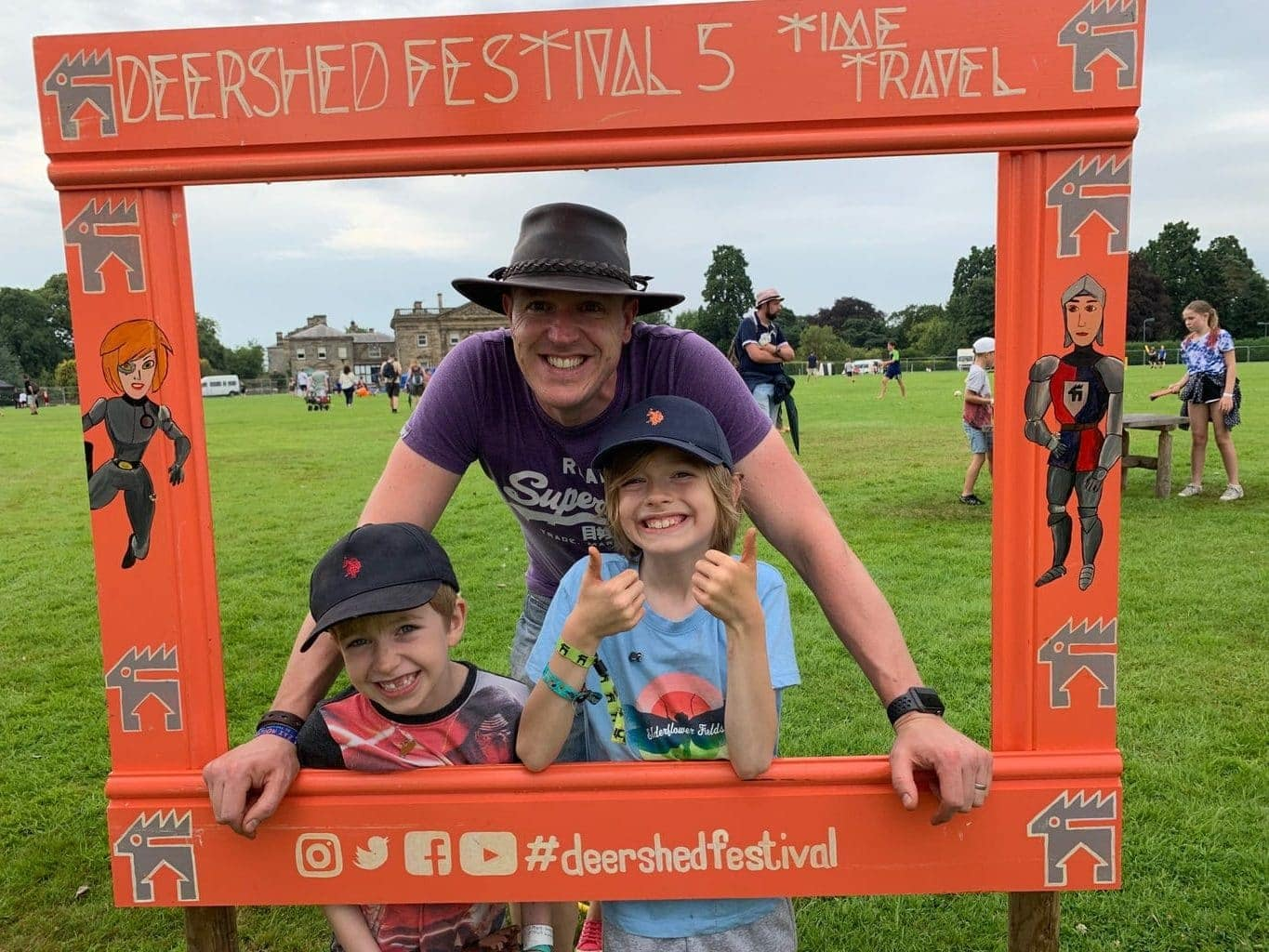 Review | Deer Shed 2019 - 10 Tips for surviving a Muddy Festival