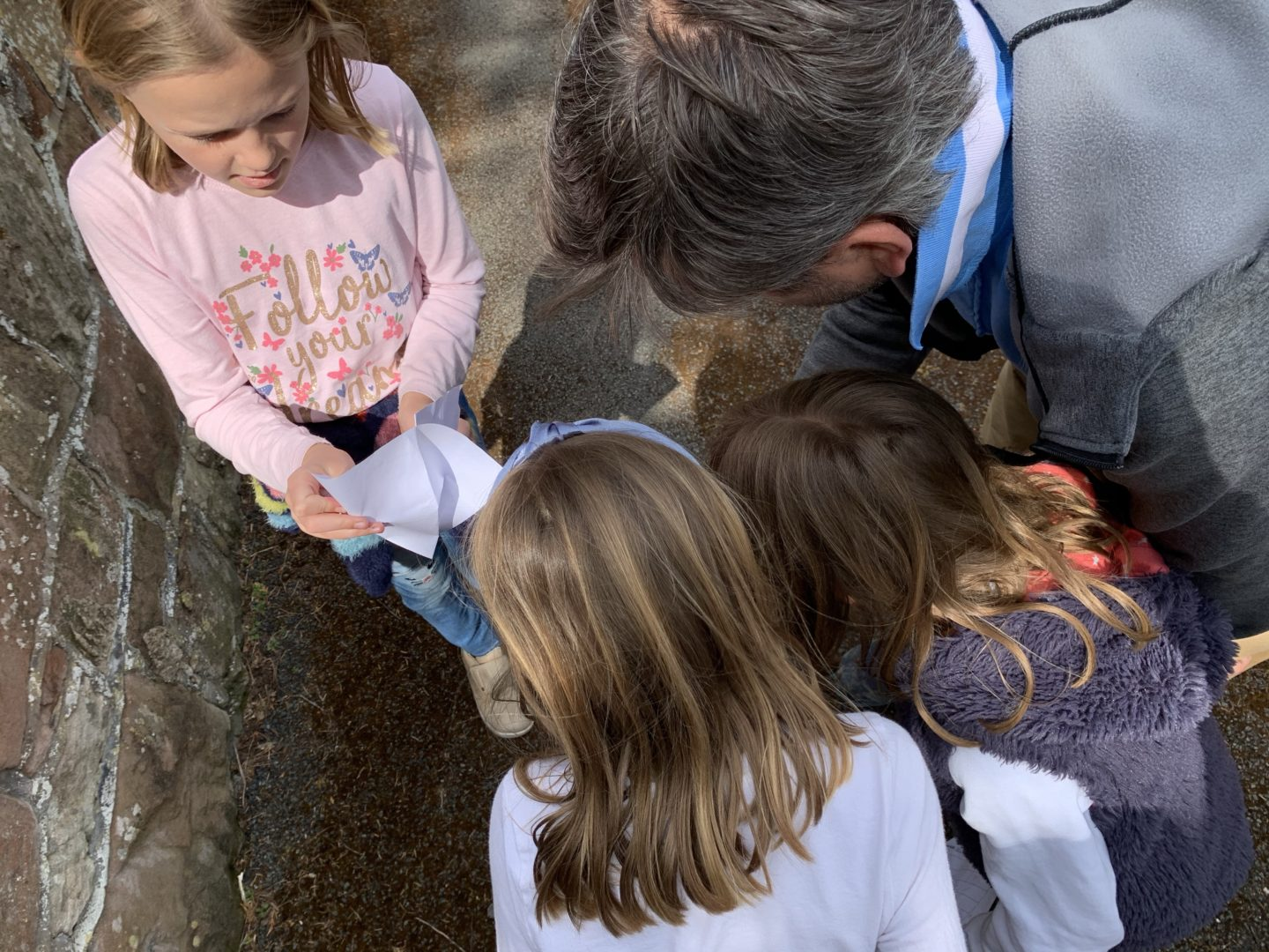 Ways to make walks with Kids more interesting for them
