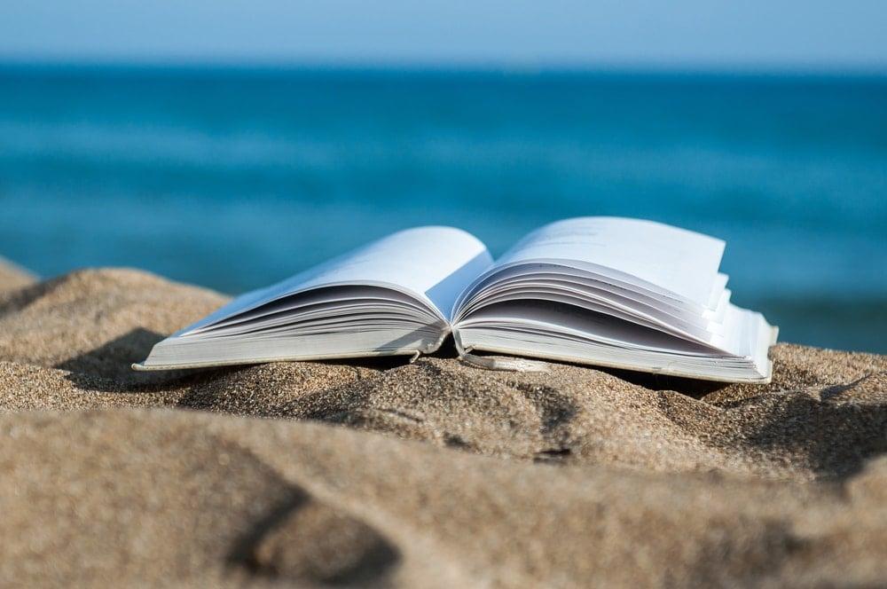 SUMMER READING LIST | 26 SUMMER READS 2020