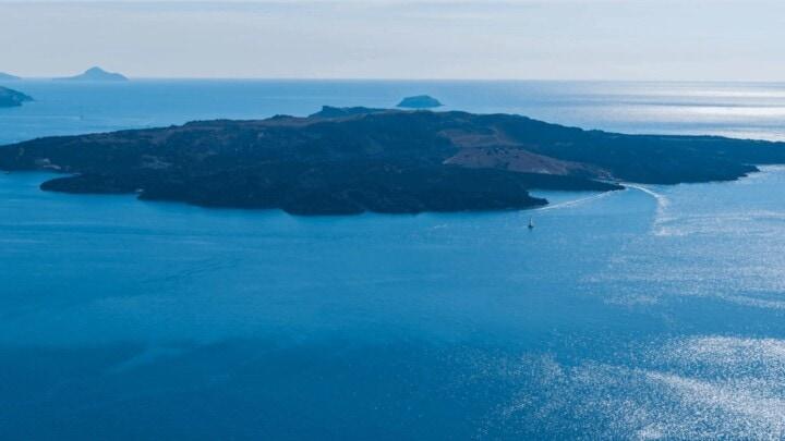 Kivotos Hotels & Villas – A beautiful family-friendly hotel for luxury Santorini holidays